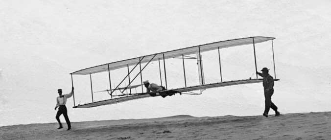 Wright-Brothers-First-Flight-in-1903-06-1040x440